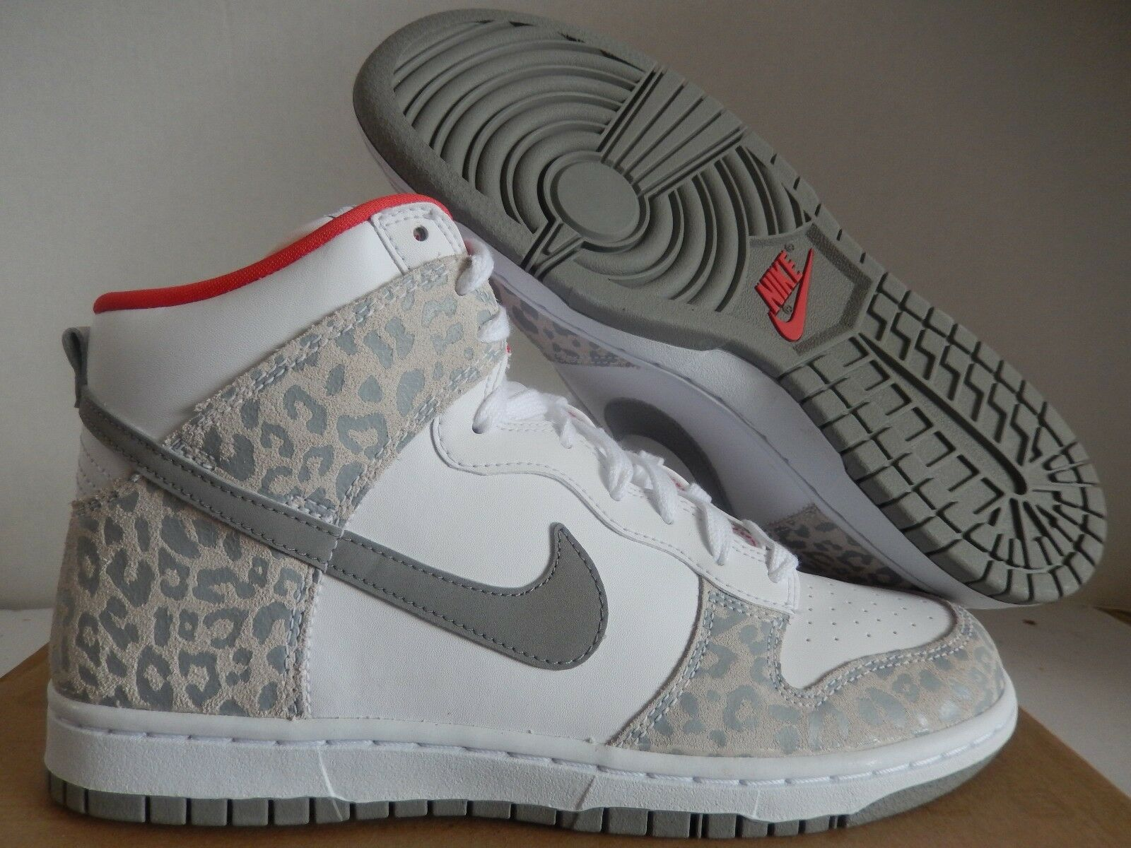 WMNS DUNK SKY HIGH SKINNY WHITE-MED GREY-SUNBURST LEOPARD SZ 8.5 [429984-102]