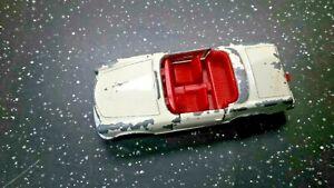Matchbox-Lesney-No-27-Mercedes-230-SL
