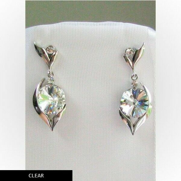 Made with SWAROVSKI CRYSTAL CLEAR ELEMENTS EARRINGS PLATINUM FINISH