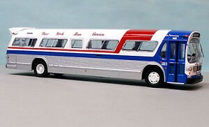 CORGI-GM-FISHBOWL-NEW-YORK-BUS-SERVICE-US54313