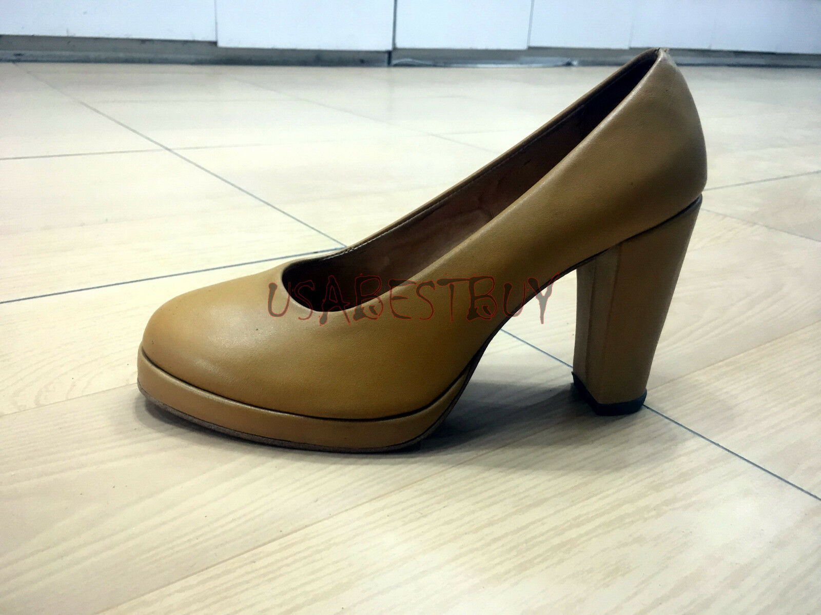 New Handmade Women Elegant Superb Pumps with Wooden Heel and Leather sole