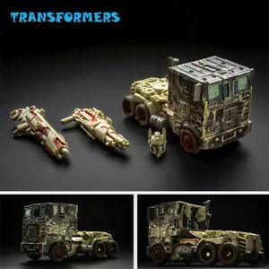 Transformers-Battle-Damage-Optimus-Prime-Flat-face-Convoy-Car-Deformation-Toy