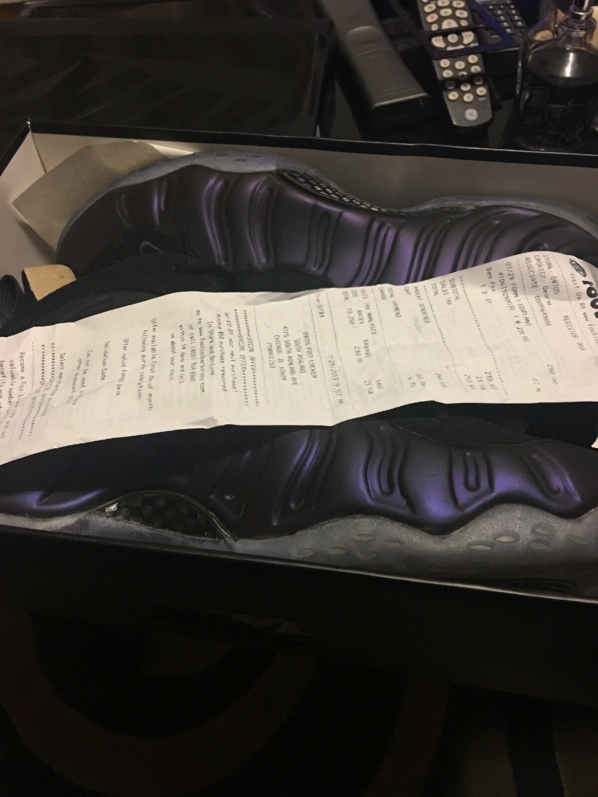 Nike air foamposite uno nero nella squadra viola dimensioni 13 (retro)
