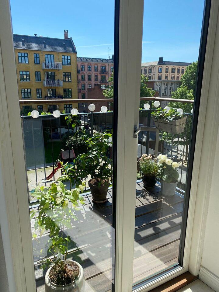 Frederiksberg, Andelslejlighed byttes, 2000