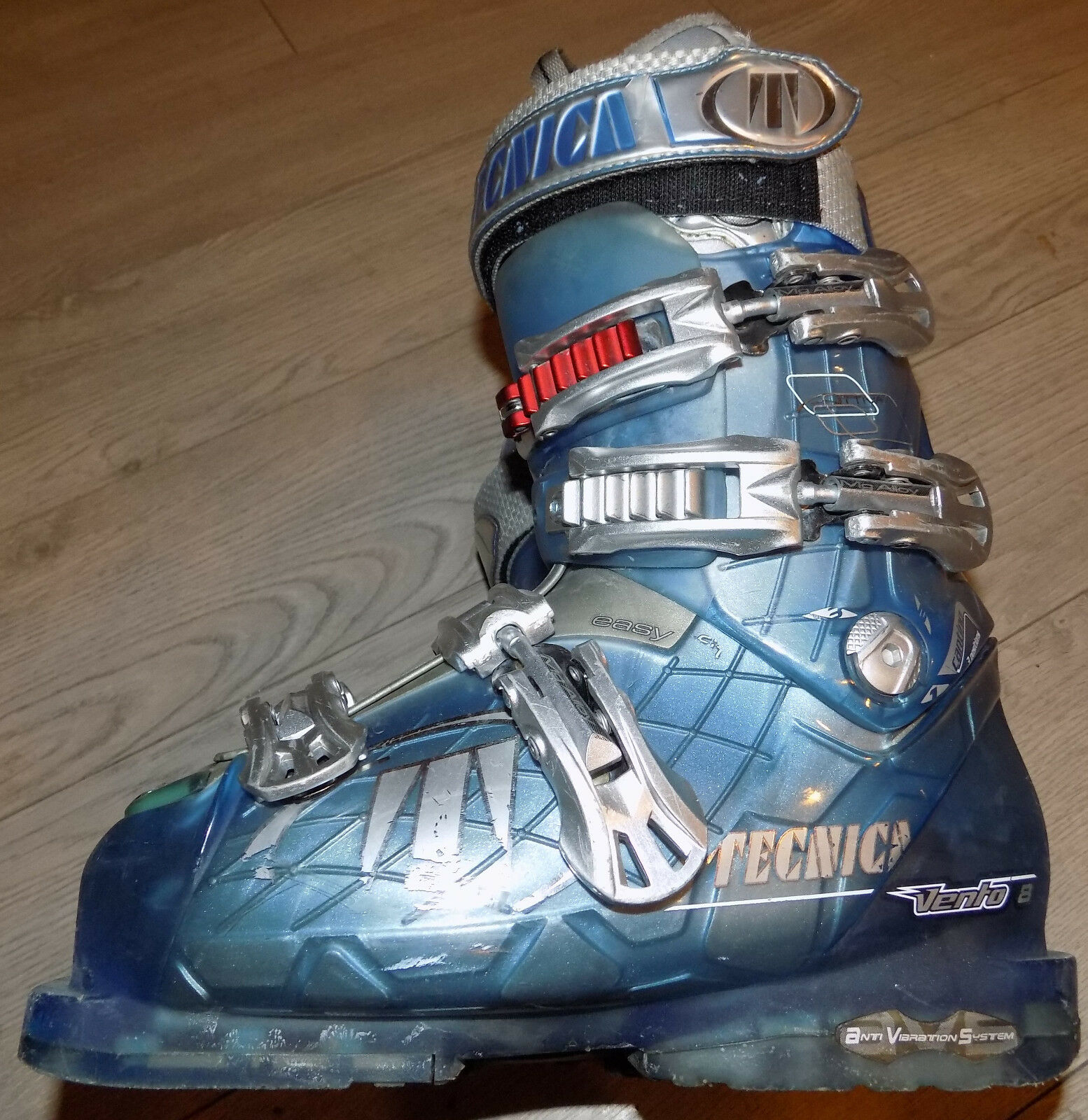 Pre-owned Tecnica Vento 8 Ski Boots 23-23.5 Mens Size 5-5.5 Womens Size 6-6.5