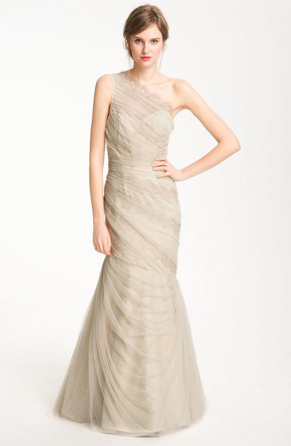 ML MONIQUE LHUILLIER Champagne One Shoulder Tulle Lace Gown NWT Size 6