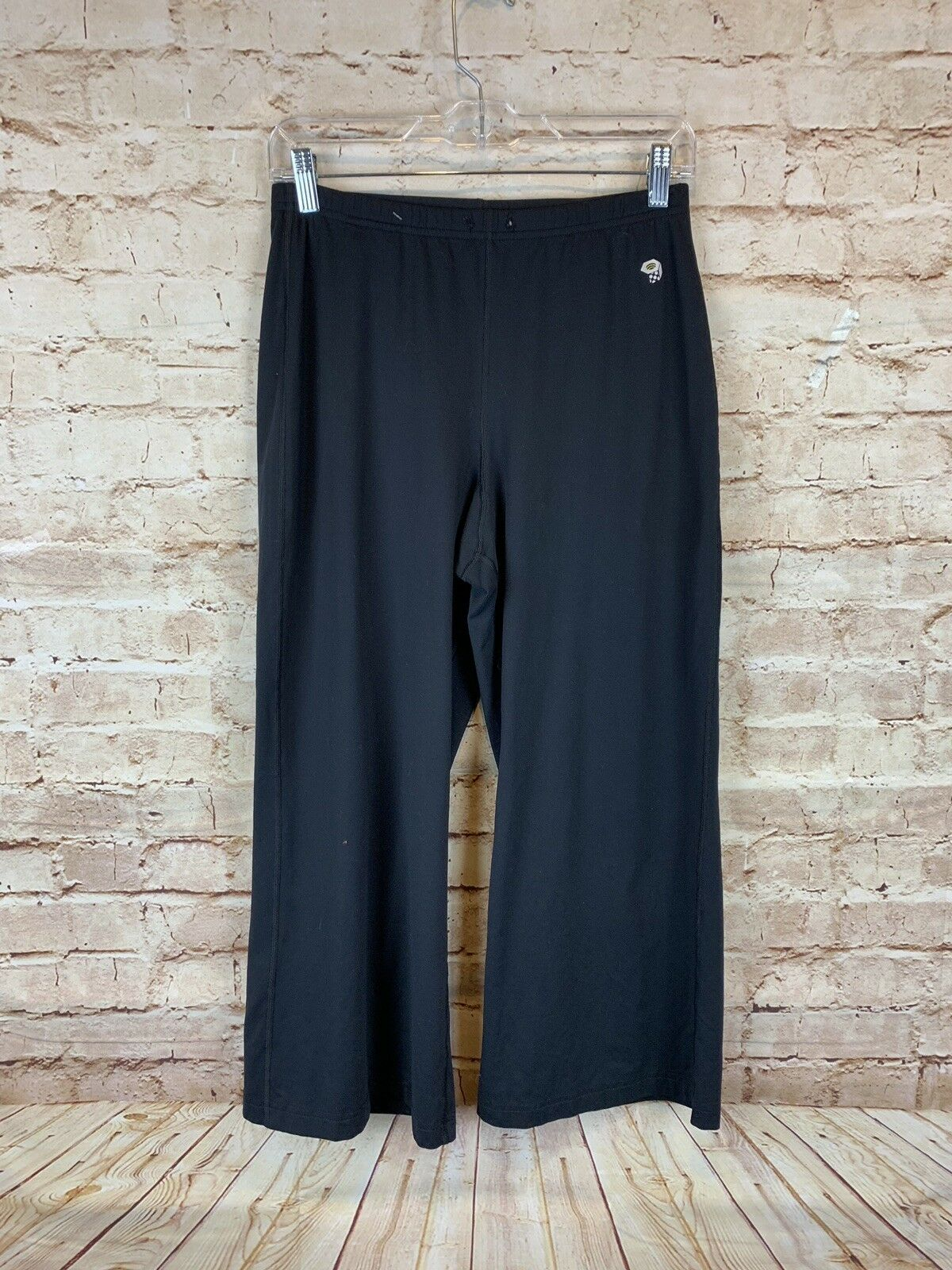 Mountain Hardwear capri sz S black loose fit cropped NO DRAWSTRING elastic waist