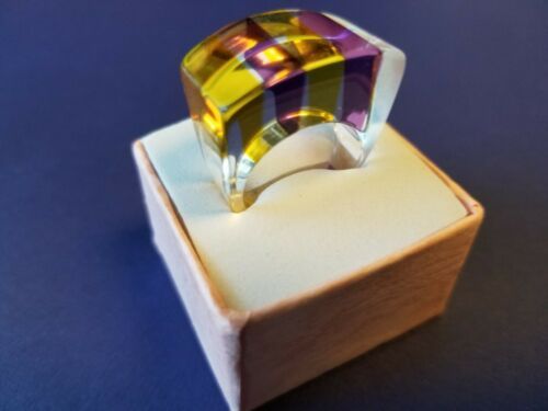 Yellow marbled lucite heart ring STATEMENT massive chunky plastic flat top ring Size 7.5