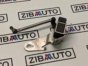 BMW-E60-E61-Vorne-Scheinwerfer-Hoehe-Level-Sensor-6778809-6774595-G1l1965