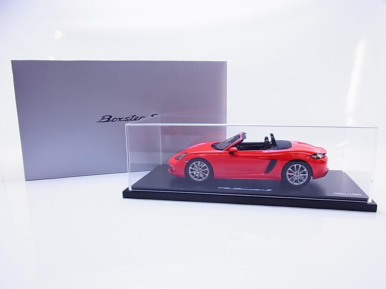 55022 Spark Porsche 718 Boxster S Type 982 onwards 2016 Lava orange 1 18 Cabinet OVP