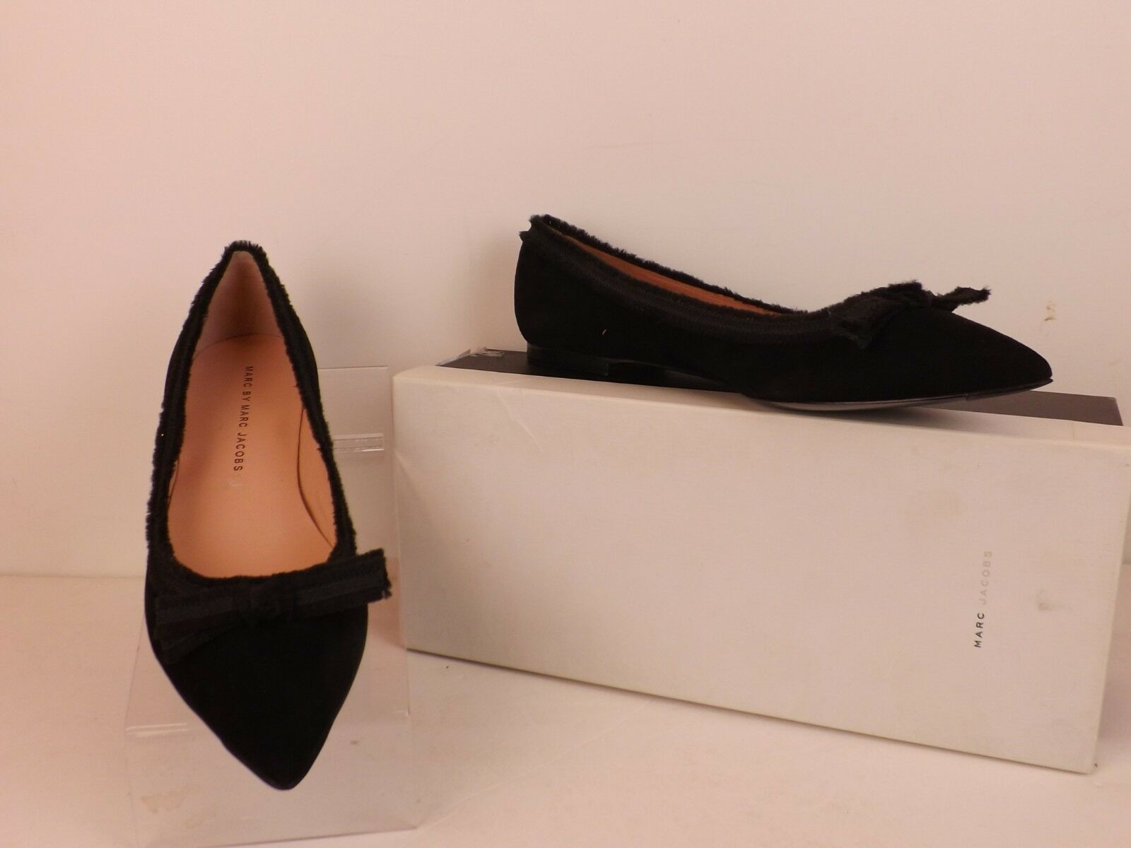 fa76529426da NEW NEW NEW MARC BY MARC JACOBS BLACK SUEDE POINTED TOE BOW BALLERINA FLAT  39 b2d423