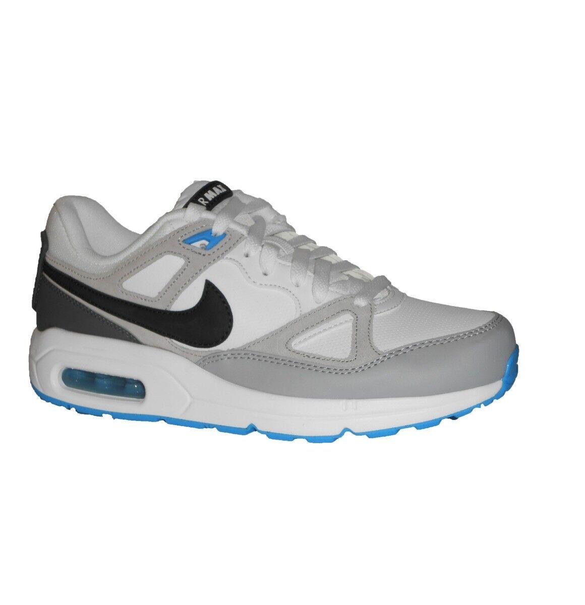 chez nike air en air chaussures durée court de max air en blanc et noir. bd9c97