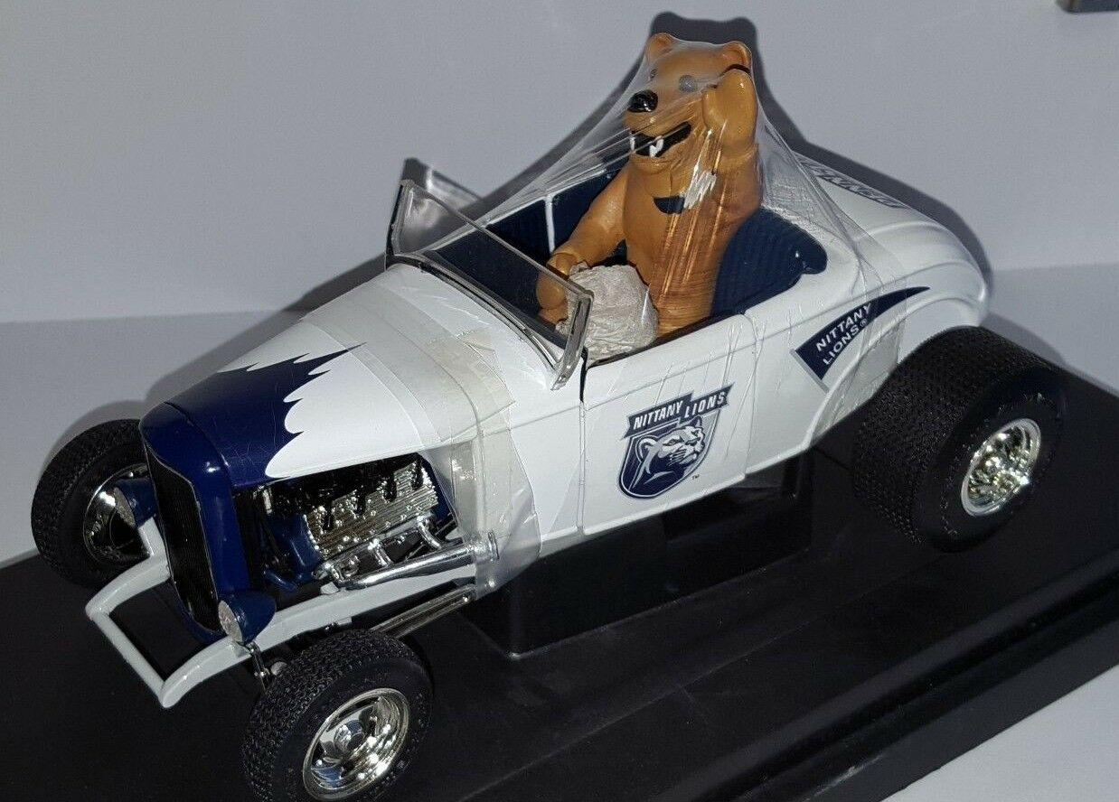 1 18 ERTL PENN STATE 1932 FORD STREET ROD SPORTING with TEAM MASCOT od