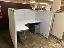 5 X 4 X 52h Cubicles Workstations Partition System By Steelcase Avenir