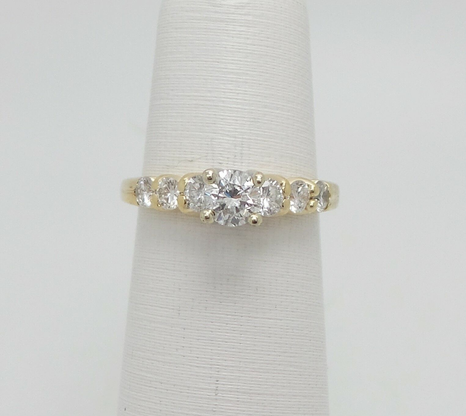 Zales 1CT Diamond Solitaire Engagement Wedding Bridal Ring 14K Yellow gold
