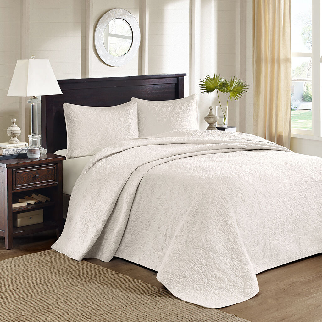 BEAUTIFUL CLASSIC XXL IVORY WHITE TEXTURED FLORAL SOFT BEDSPREAD QUILT SET NEW