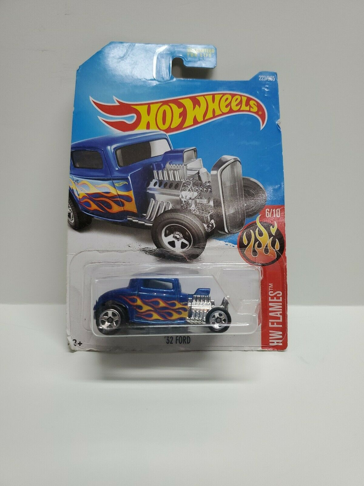 Hot Wheels 32 ford HW Flames 6//10 1:64 223//365 2017