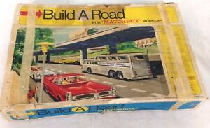 Vintage-1967-Build-a-Road-Set-for-Matchbox-Models