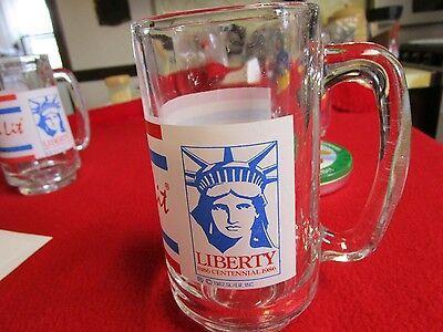 """1986 Centennial 1886-1986 STATUE OF LIBERTY """"Keep The Torch Lit"""" 5.5"""" Glass Mug"""