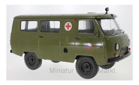 47073 - PREMIUM ClassiXXs UAZ 452a Ambulance  3962  - CZ Army - 1:18