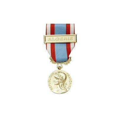 Barrette Rappel de Médaille Afrique Du Nord AFN A.F.N 1997-2002