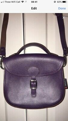 Genuine Leather Zip Top Honey Bee Purse By Yoshi