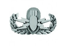 Army Explosive Ordnance Disposal (EOD) Basic Pin - ANTIQUE SILVER -