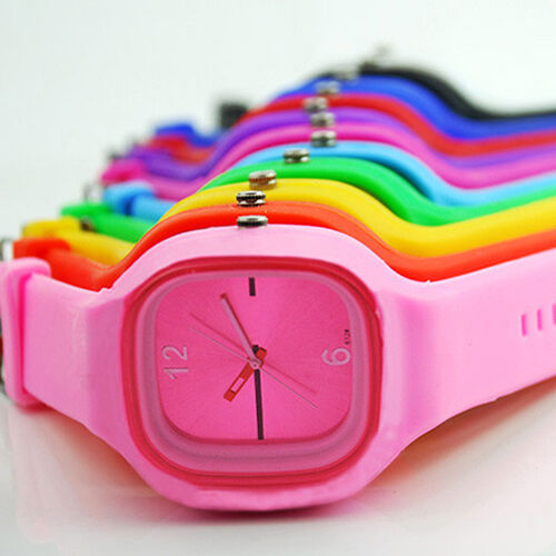 11 Colors Womens Mens Rubber Wristwatch Fashion Sport Quartz Wrist Watch BD1U1
