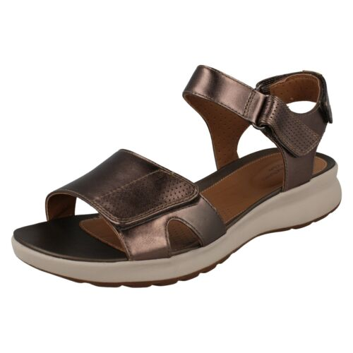 Clarks Calm Un Riptape Metalic Adorn Damas Pebble Toe Unstrtured Sandalias Casual de verano Open dftw5q