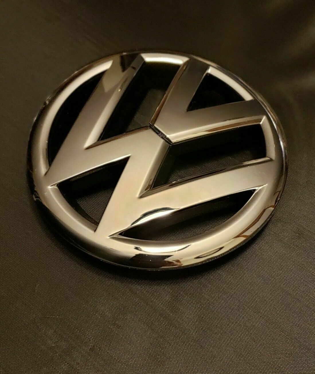 Genuine New VOLKSWAGEN GTI LEFT LH WING BADGE Red Emblem For Polo 6C 2014+