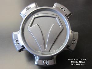 2007-2018-Toyota-Tundra-TSS-center-cap-89-9586T-890C01-Graphite-890S20-SNAP-IN