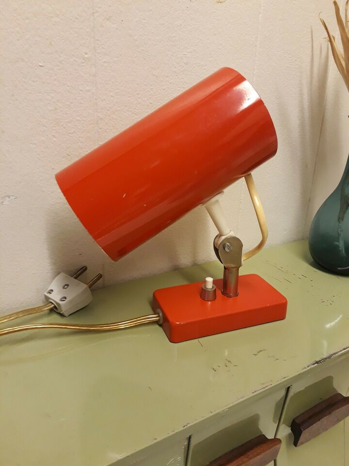 Anden bordlampe, Retro lampe