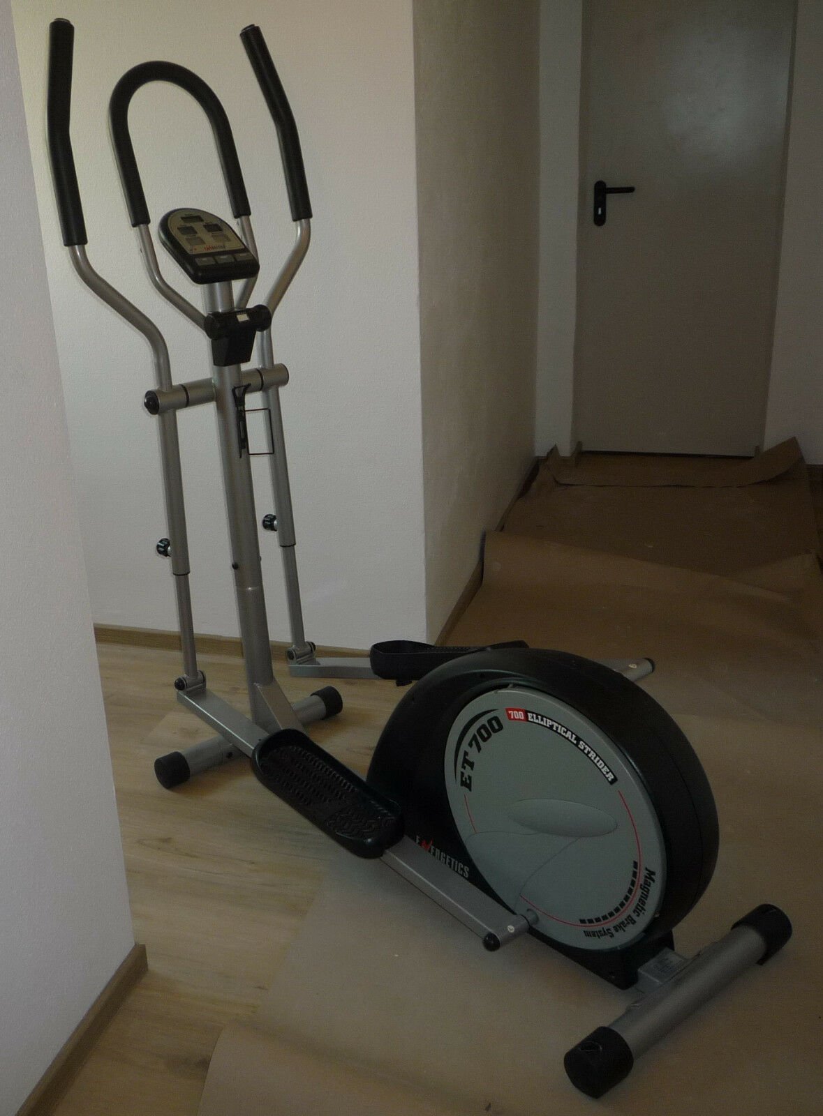 Heimtrainer Sportgerät f. zu Hause Energetics ET 700