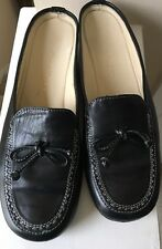 acb75171f92 COLE HAAN Women s Leather Slip On Moccasins Driving Penny Loafer Shoes Size  7