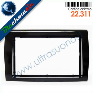 Mascherina-supporto-autoradio-2DIN-Fiat-Bravo-2-dal-2007-Nero-lucido