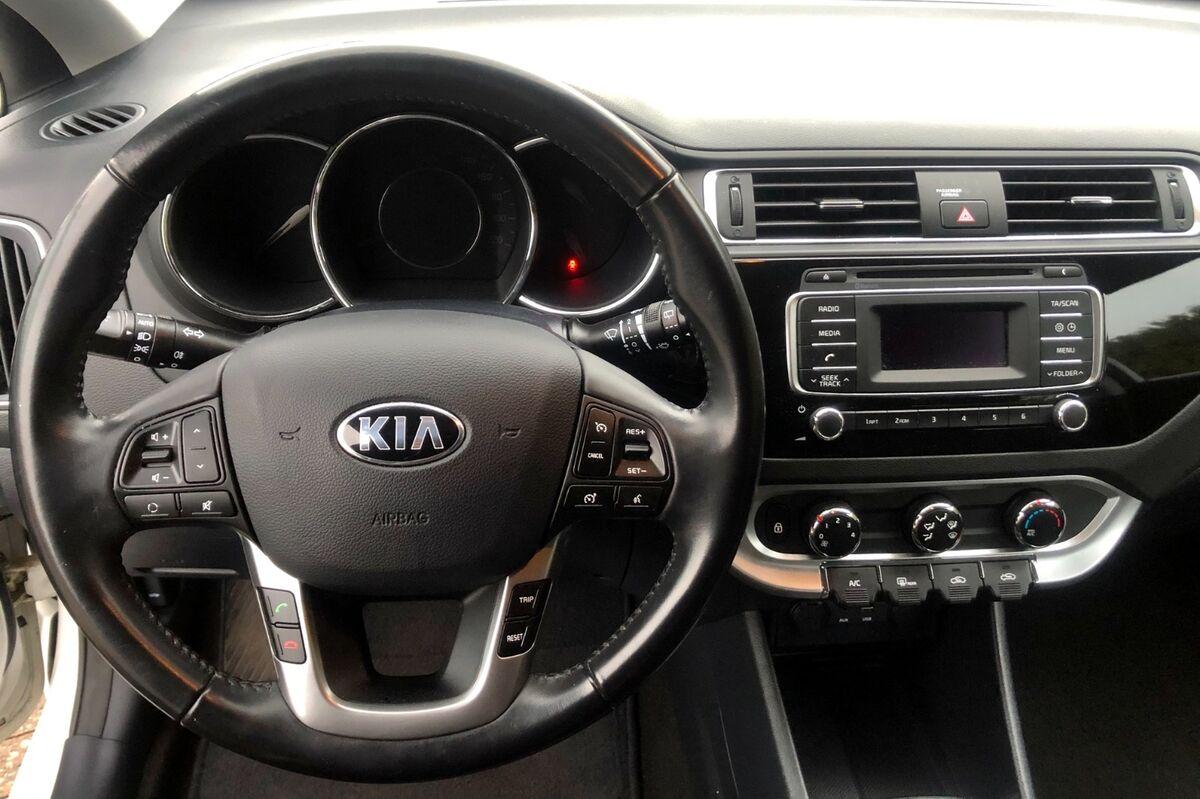 Kia Rio CVVT Comfort