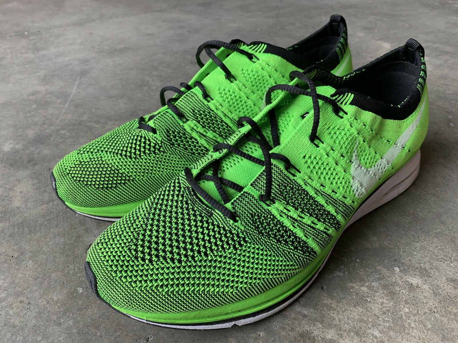 Nike Flyknit Trainer+ Electric Green Size 9 532984 301