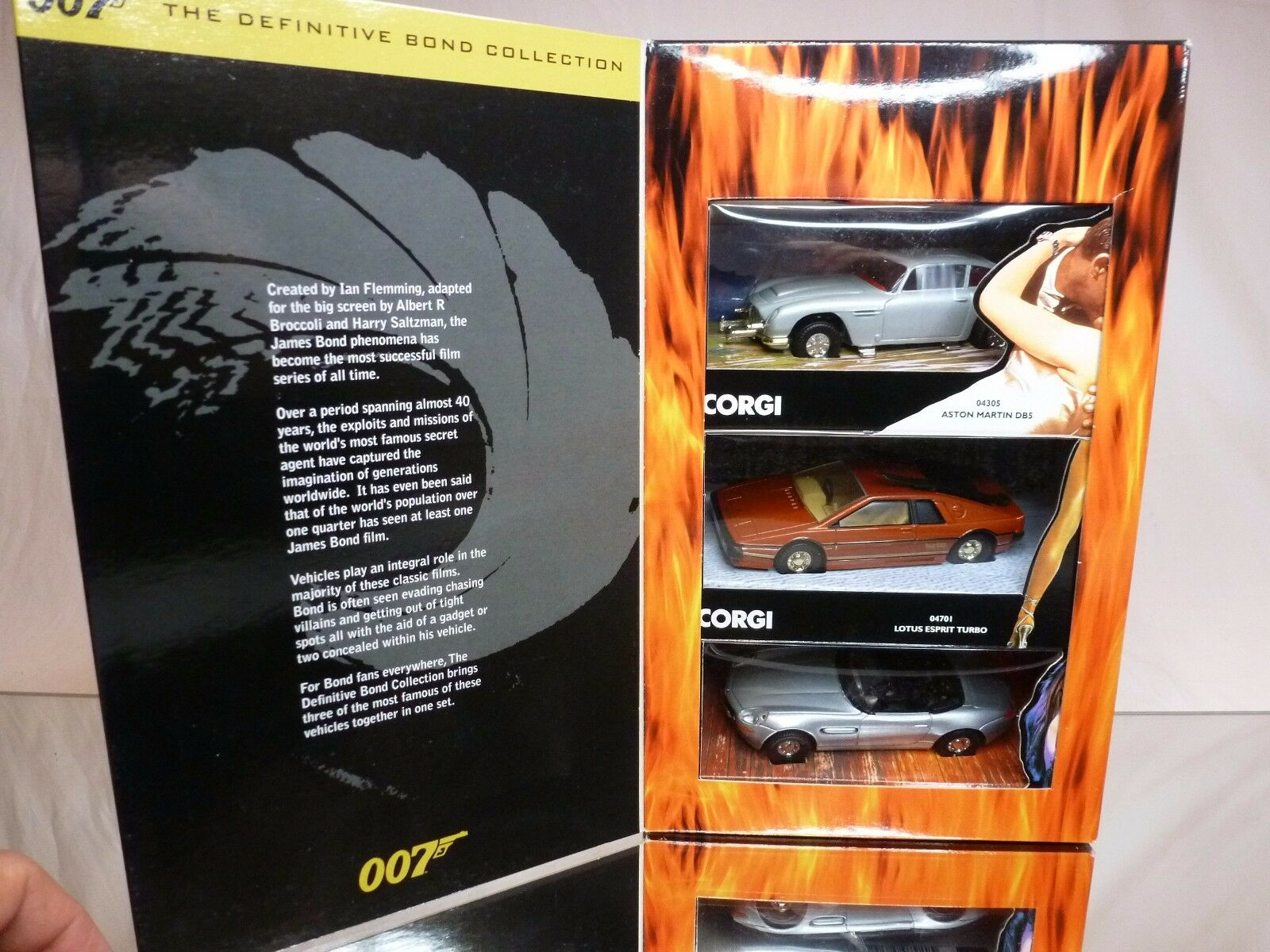 CORGI TOYS CC99101 ASTON MARTIN LOTUS BMW Z8 - JAMES BOND 007 - EXCELLENT