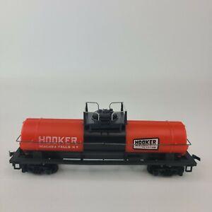 HO-Scale-Tyco-Hooker-Chemicals-Single-Dome-Tank-Car-Train-Niagara-Falls-NY-B1