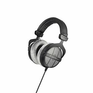 Beyerdynamic-DT990-Pro-Studio-Headphones