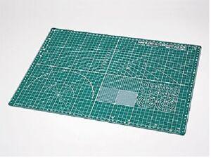Tamiya-Craft-Tools-Cutting-Mat-A3-Size-Green-74076