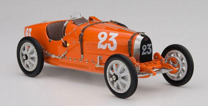 CMC M-100-010 Bugatti T35, 1924 Nation Colour Project  NETHERLANDS Model Car