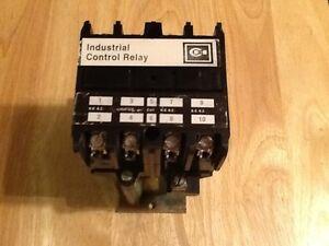 CutlerHammer ARD440L Solid State Relay 24VDC Coil 600VDC eBay
