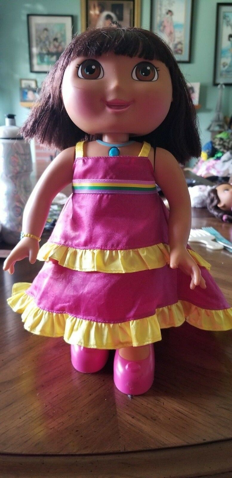 Dance Around Dora The Explorer Pink Dancing Crystal Crystal Crystal Kingdom Electronic Doll 14  f58532