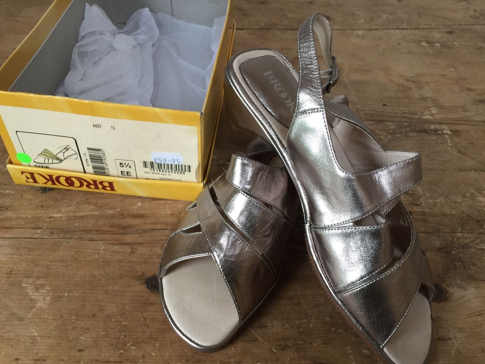 NEW WITH BOX ' BROOKE' PEWTER LEATHER 'DIXIE' STYLE LEATHER SANDALS - UK 5 1 2