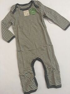 Burt/'s Bees Baby Boys Footed Coverall//Sleeper /& Hat Set SZ 3-6 Months
