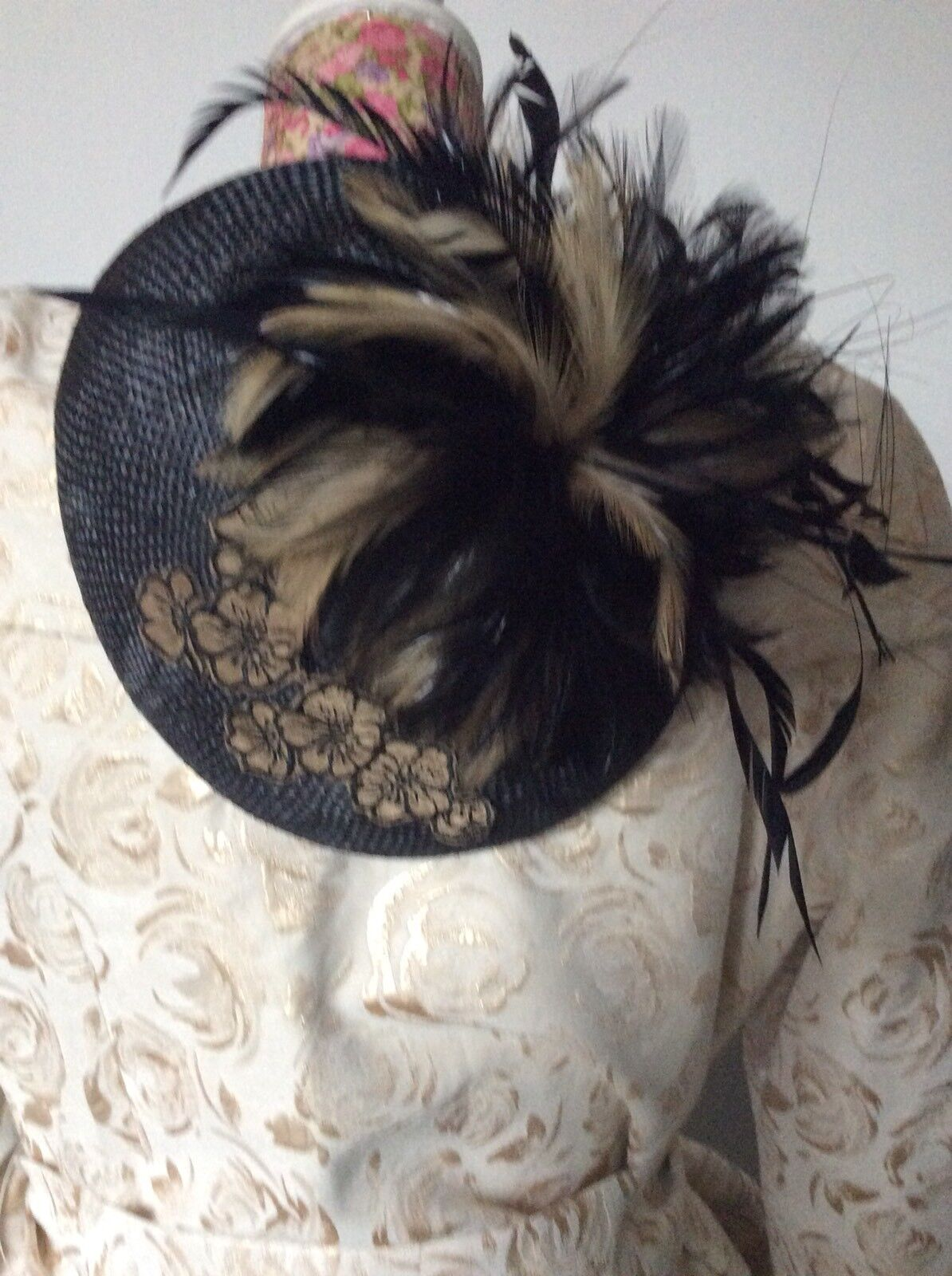 Jacques Vert Black Gold Feathers Hat Pristine Away