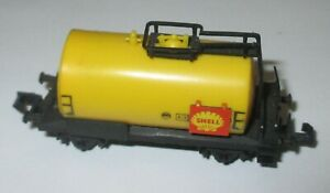 Arnold-4350-Wagon-Citernes-034-Shell-034-2-achs-Jaune-Rouge