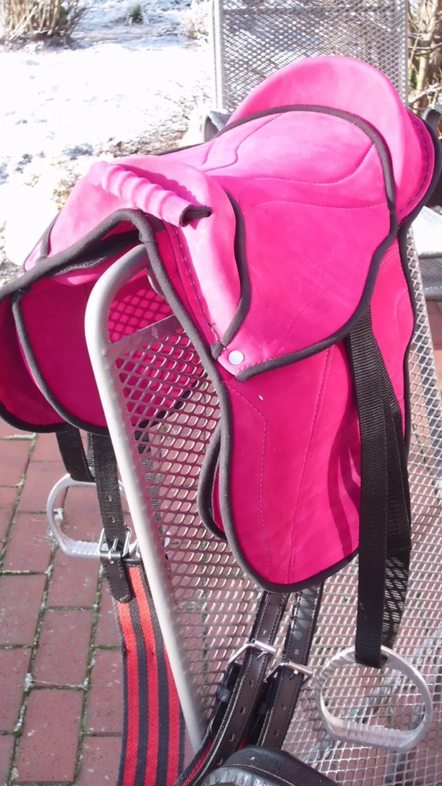 Sattel Set für Shettys Shettys Shettys Ponys oder Holzpferde  Farbe Rosa Wildleder-Optik 307182