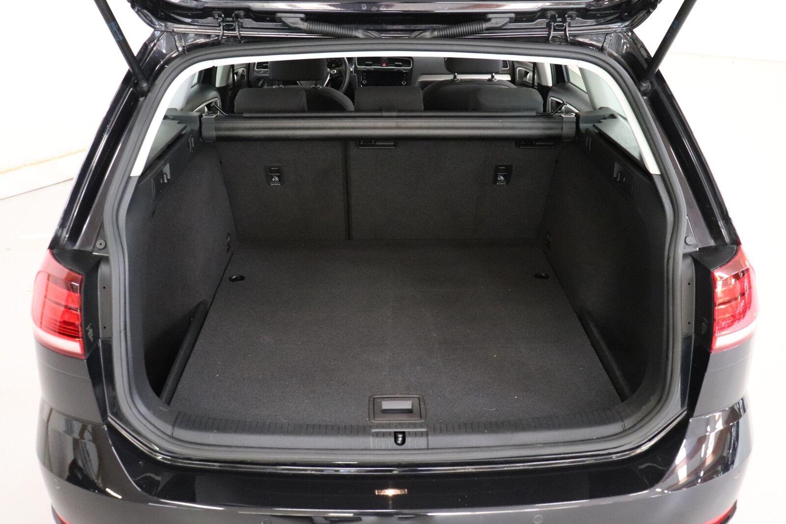 VW Golf VII 1,6 TDi 115 Trendline Variant